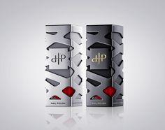 Reynolds & Reyner - LaPierre — World Packaging Design Society / 世界包裝設計社會 / Sociedad Mundial de Diseño de Empaques Black Packaging, Luxury Packaging, Packaging Ideas, Gift Packaging, Cosmetic Logo, Cosmetic Packaging, Design Blog, Box Design, Store Design