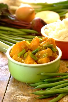 Spicy #Butternut and Green Bean Stew: a comforting bowl of yum! #KnorrStockPot