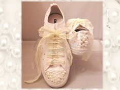 Wedding converse / lace shoes / brides converse / premium range /pearl converse / vintage / delicate / romantic / White wedding