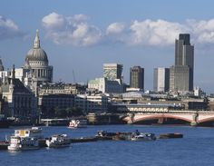 London - Father Thames and St.Paul's Cathedral.