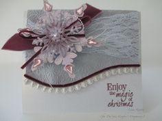 Lynne Kontou Folders: Let It Snow 6x6 Stamps: Misteletoe Kisses - Set A Dies: Snowflakes