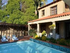 AM Milner - AM Milner is an award-winning 5-star chic boutique hotel located along a peaceful, jacaranda tree-lined avenue in the upmarket Pretoria suburb of Waterkloof.Characterised by the beautiful jacaranda trees ... #weekendgetaways #pretoria #southafrica