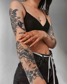 Hip Tattoos Women, Dope Tattoos, Dream Tattoos, Badass Tattoos, Sleeve Tattoos For Women, Pretty Tattoos, Body Art Tattoos, Hand Tattoos, Girl Tattoos