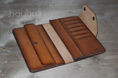 Tandy Leather, Leather Art, Leather Gifts, Leather Keychain, Leather Pouch, Leather Wallet Pattern, Rfid Wallet, Leather Projects, Vintage Bags