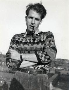 Illustrator and writer Mervyn Peake in 1940