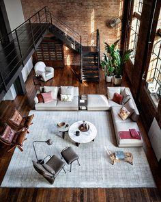 This spot b where 𝚒𝚗𝚍𝚞𝚜𝚝𝚛𝚒𝚊𝚕 𝚖𝚘𝚘𝚍 𝚖𝚎𝚎𝚝𝚜 𝚌𝚘𝚣𝚢 𝚜𝚝𝚢𝚕𝚎🔎 loft by 🇮🇹 Interior Design Examples, Best Interior Design, Interior Design Inspiration, Italian Interior Design, Loft Design, House Design, Design Design, Design Blogs, Rustic Design