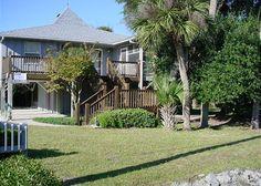 Edisto+Beach+Vacations+Rentals+|+Beach+Walk+|+Pompano+Villa+|Atwood+Vacations+|+Edisto+Island,+SC