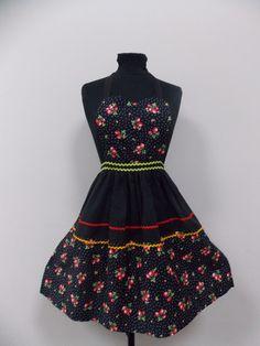 Janie Sue Retro Apron – Vintage Style Aprons By Violet Jones Retro Apron, Aprons Vintage, Vintage Style, Vintage Fashion, Mini, Handmade, Dresses, Women, Vestidos