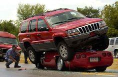 Wierd Car Accidents - Gallery