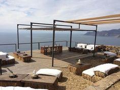 Baja California, Lakeside Resort, Desert Art, Beach Bars, Mexico Travel, Cabo, Architecture Details, Places To Travel, Pergola