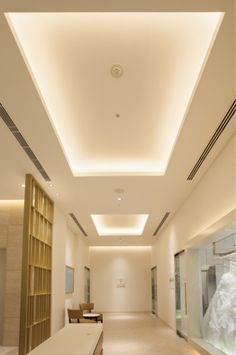 Ideas for a Wooden Ceiling After a Skylight Has Been Removed Indirect Lighting, Linear Lighting, Cool Lighting, Strip Lighting, Lighting Design, Interior Ceiling Design, Interior Lighting, Cove Lighting Ceiling, Ceiling Lights