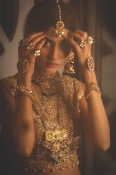 Published in Diva Magazine Jewellery: Samreen Vance Photo: Haseeb Siddiqui Featuring: Sajal Aly Outfit: Umsha by Uzma babar Indian Bridal Outfits, Indian Designer Outfits, Bridal Dresses, Indian Aesthetic, Indian Photoshoot, Sajal Ali, Vintage Bollywood, Desi Wedding, Brown Girl