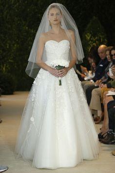Carolina Herrera - Spring 2014  TAGS:Embellished, Embroidered, Floor-length, Strapless, White, Carolina Herrera, Organza, Tulle, Elegant, Princess