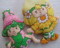 Vintage STRAWBERRY SHORTCAKE Lime Chiffon and Lemon Meringue mini stuffed dolls 1980s