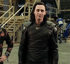 OH LOKI!!! you turn me on Lokiiiiiiiiiii...  ~.~