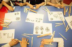 7-12 Yaş Çocuklar eğitim atölyesinde kendi Roma dönemi sikkelerini tasarlıyorlar.  // Children 7-12 ages are designing their own roman Coins at the workshop.