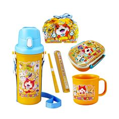 Yokai Watch is taking the world by storm! This Yokai Watch super lunch box set comes with six items including a lunch box, chopsticks with a case, a cup, a water bottle and a lunch box bag, all with the image ofpopular Yokai Watch characters such as Whisper, Jibanyan, Komasan and more.  Enjoy lunch with Yokai Watch!  Producer: OSK Country of Production: Japan 1) Lunch box:140×113×H50mm  The main container 360ml & Inner containers145ml 2) Chopsticks:16.5cm  Chopstick case…