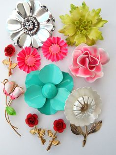 Jewelry Lot Vintage Enamel Flower Pins Brooches Earrings, Groovy Flower Jewelry Pink Red White White Teal Green Enamel Flower Bridal Bouquet