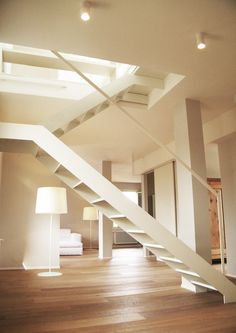 Ideas for stairs, staircases and stairways! Boho Chic Interior, White Interior Design, Interior Styling, Interior And Exterior, Interior Stairs, Stairway To Heaven, Stair Railing, Stairways, Home Renovation