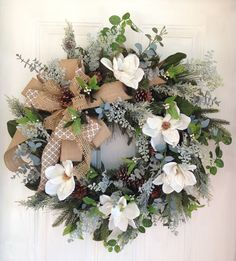 56 Creative Christmas Wreath Ideas For All Types Of Decor Wreaths For Front Door, Holiday Wreaths, Door Wreaths, Spring Wreaths, Grapevine Wreath, Holiday Ideas, Magnolia Wreath, Christmas Diy, Evergreen