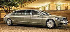 In 2015 Mercedes-Benz is presenting the new Mercedes-Maybach S 600 Pullman to the world. Time to cast a look back. Mercedes Benz Maybach, Mercedes Benz Modelle, New Mercedes, Pullman Mercedes, Classic Mercedes, Nissan Gt R, Nissan 370z, Bentley Continental Gt, Lincoln Continental