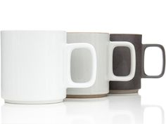 Hasami_Porcelain_Mugs_1