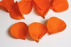 How About Orange: Make flowers from crepe paper