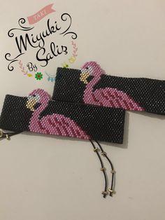 Beaded Clutch, Peyote Patterns, Brick Stitch, Cute Characters, Loom Beading, Strawberries, Beads, Bracelets, Jewelry