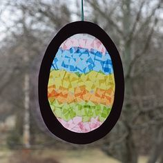 Easter Egg Sun Catcher This is a great project for kids of all ages. Theyll love how the light shines through the colored tissue paper! The post Easter Egg Sun Catcher was featured on Fun Family Crafts. Easter Crafts For Toddlers, Easter Activities, Easter Crafts For Kids, Toddler Crafts, Easter Ideas, Kid Crafts, Easy Crafts, Bunny Crafts, Felt Crafts