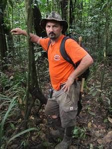 Dave Turin in the jungle on Gold Rush. Gold Rush, Turin