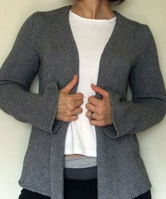 Slouchy Cardigan pattern — need to check out the book Greetings from Knit Cafe by Suzan Mischer at the library to find the pattern