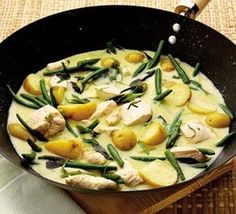 Tasty thai green curry. My absolute favourite.