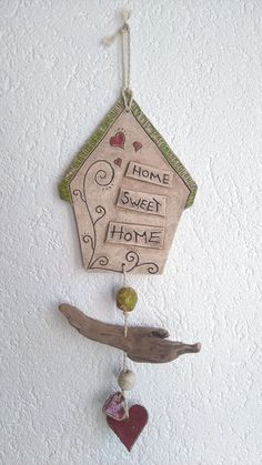 Pottery, cottage, door sign - salt dough recipes - Pottery house door sign Pottery house door sign The post Pottery house door sign appeared first on - Clay Projects, Clay Crafts, Diy And Crafts, Projects To Try, Ceramic Pottery, Pottery Art, Ceramic Art, Diy Art, Pottery Houses