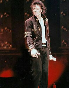 Michael Jackson - The King of Style, Pop, Rock and Soul!  - by ⊰@carlamartinsmj⊱