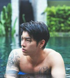 His name is -GOD. Cute Asian Guys, Hot Asian Men, Asian Boys, K Pop, 2moons The Series, 2 Moons, Thai Drama, Moon Lovers, Cute Gay