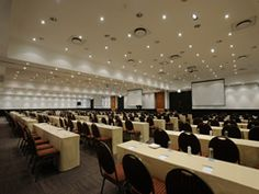 NH The Lord Charles Hotel Conference Venue Somerset West Cape Town Western Cape Provinces Of South Africa, Somerset West, Conference Meeting, Cape Town, Corporate Events, Lord, Home Decor, Decoration Home, Room Decor