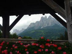 Fiera di Primiero, sfondo Pale di San Martino