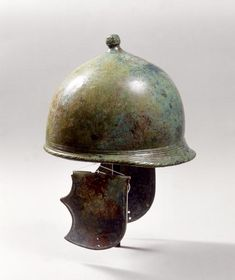 Montefortino type helmet from the Museo Civico Archeologico di Bologna  (image copyright Museo Civico Archeologico di Bologna)