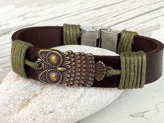 Hey, I found this really awesome Etsy listing at https://www.etsy.com/listing/477261734/bronze-owl-bracelet-leather-bracelet