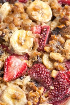 Strawberry Baked Oatmeal with Bananas and Chocolate