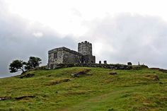 Endroits Perdus, Ruine, Moyen Âge