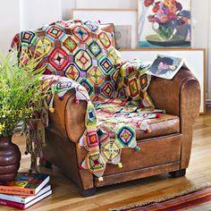 Un plaid multicolore en crochet