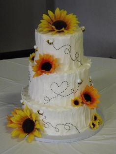 Bumblebee and sunflower wedding cake