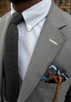 thepuertoricansocialclub:    Textured tie.