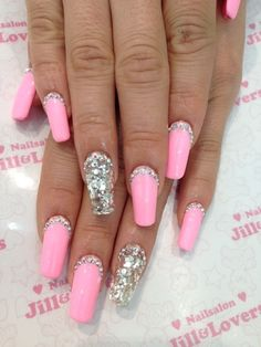 Pink nails w/bling as the top manicure & the middle finger is all bling! Fancy Nails, Trendy Nails, Sparkly Nails, Baby Pink Nails With Glitter, Pink Bling Nails, Barbie Pink Nails, Silver Nails, Silver Glitter, Fabulous Nails