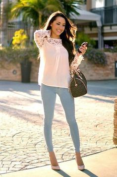 jeggings with a wide blouse