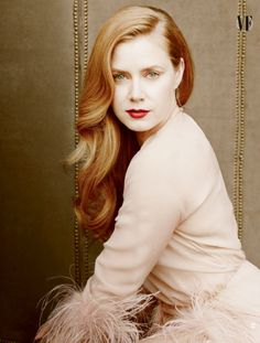 Amy Adams Presenter  Who's tuning in to the Oscars on Sunday? Set your DVR's early and make sure you record the red carpet arrivals as well!Some of my favorite fashion icons are nominated or presenting an academy award this year.This group of women rarely disappoints on the red carpet. What will they be wearing?
