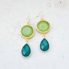 Dangle Earrings long DUAL large apple green and by YUNILIsmiles Ruby Earrings, Dangle Earrings, Wedding Stuff, Wedding Ideas, Baubles And Beads, Colour Combo, Ear Rings, Statement Necklaces, Jewellery Box