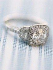 Vintage 20's Inspired Wedding Ring ~ Gatsby Wedding.. pretty legit