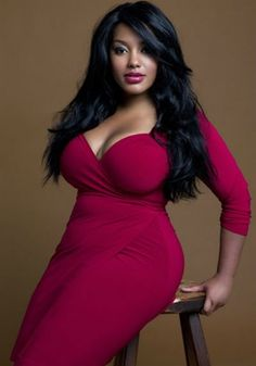 Pictures of beautiful full figured women